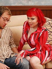 30 year old stud slamfucking his gorgeous stepmother