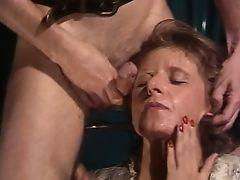 Mature fist fuck anal