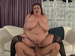 Fat Ass Lady Lynn eats cum