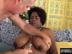 Black plumper Marliese Morgan hardcore fucking